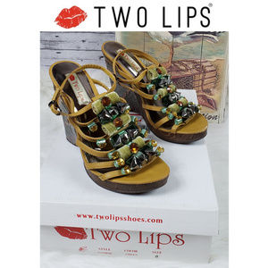 Two Lips